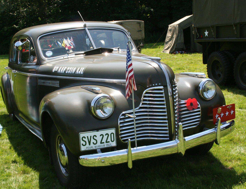 1942 Buick-www.stationaryengine.org